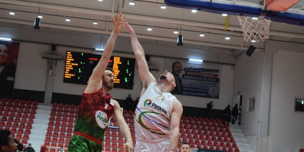 Ing Basketbol Süper Ligi: Aliağa Petkim Spor: 75 - Pınar Karşıya : 85