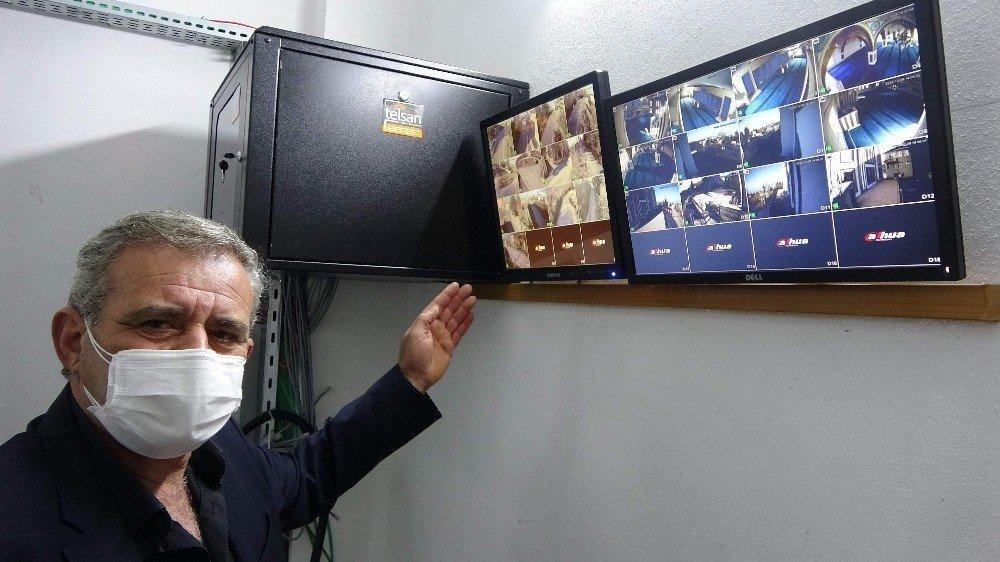 Kablo Hırsızlığı Olaylarından Bıktılar, Mahalleyi Güvenlik Kameraları İle Donattılar