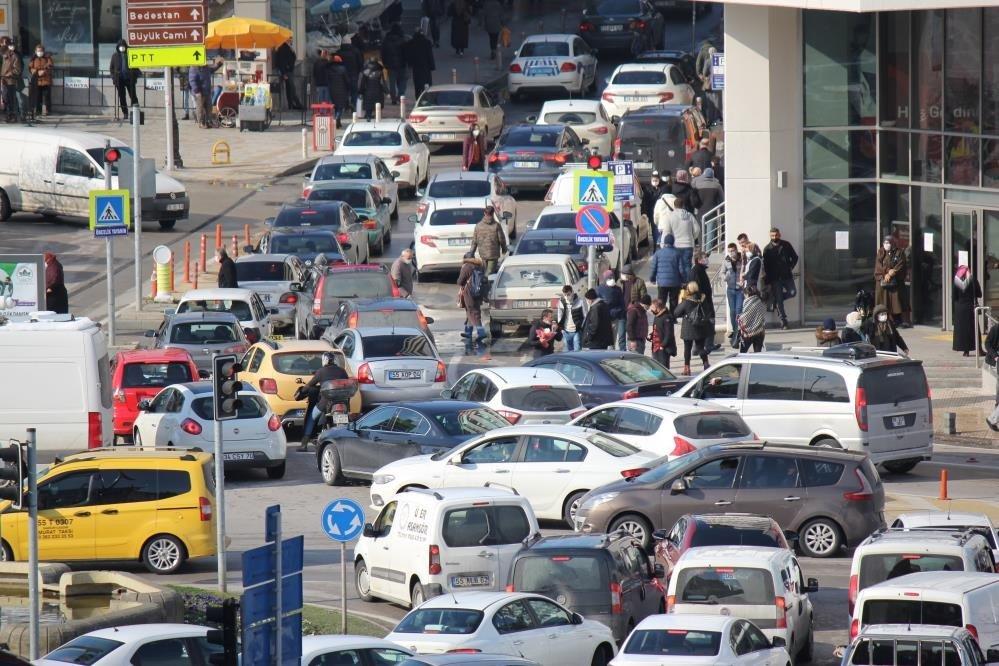 Samsun'da Taşıt Sayısı 381 Bin 32 Oldu