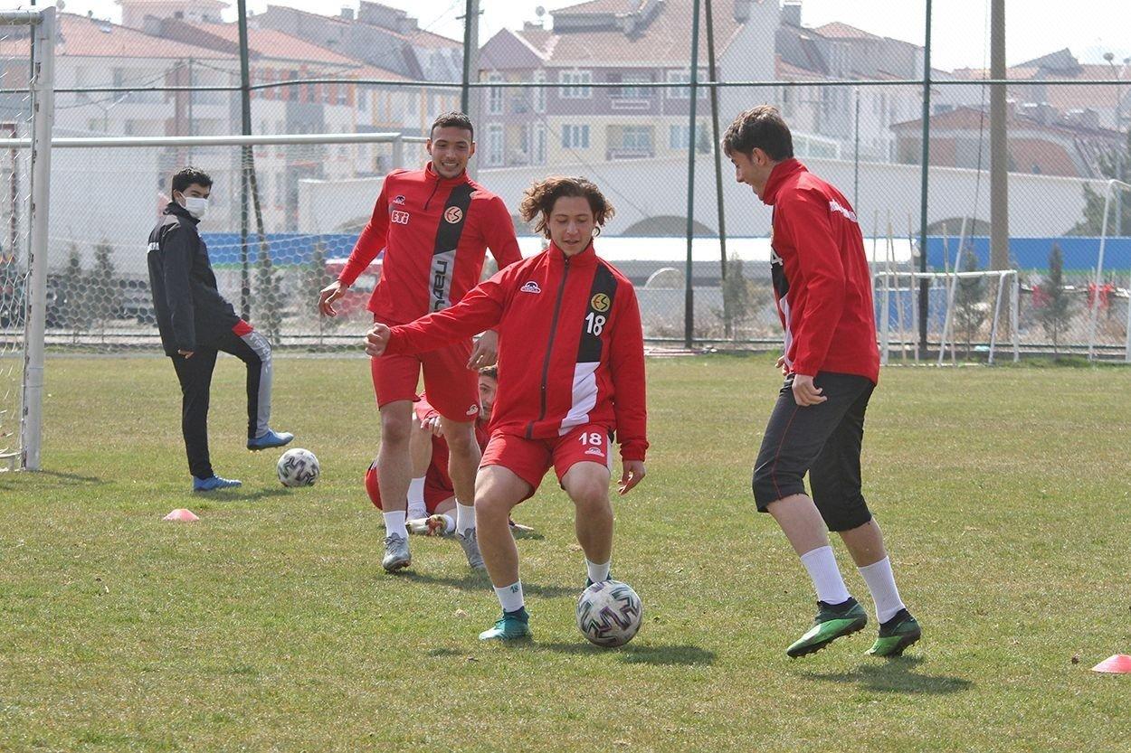 Eskişehirspor Altınordu Maçı Hazırlıklarını Tamamladı