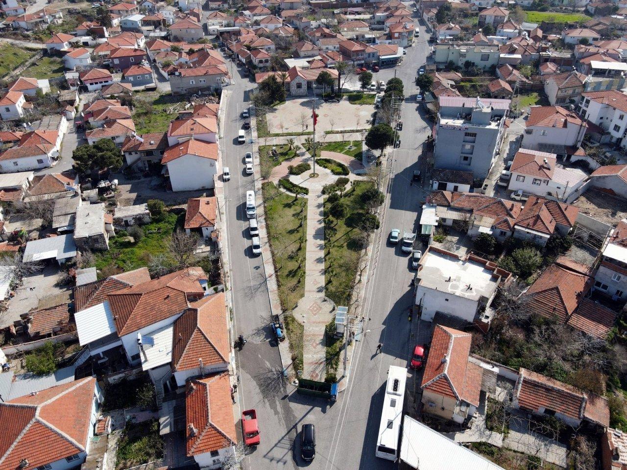 Aliağa Belediyesinden Helvacı'ya Tarihi Meydan Projesi