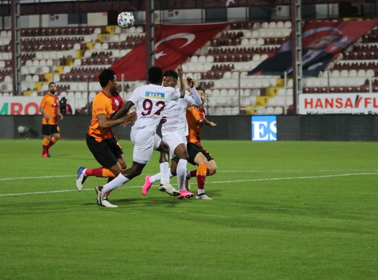 Süper Lig: Hatayspor: 2 - Galatasaray: 0 (i̇lk Yarı)