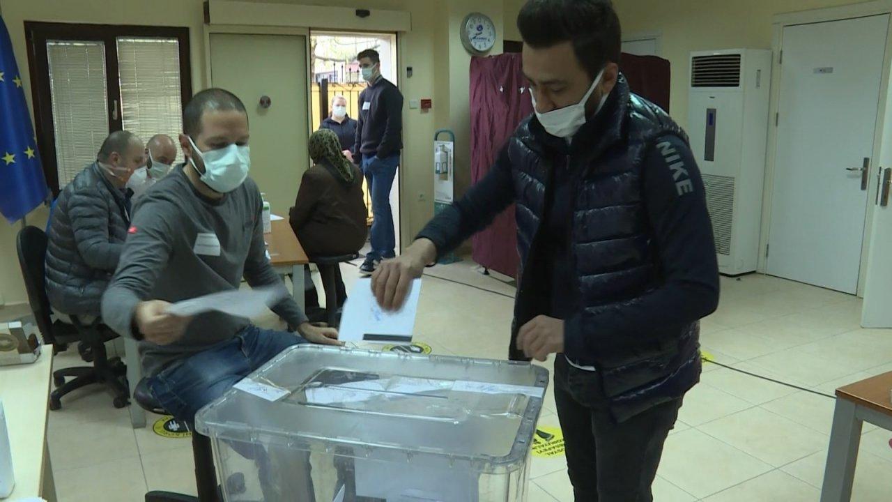Bulgaristan'daki Seçimler İçin Bursa'da Oy Kullandılar
