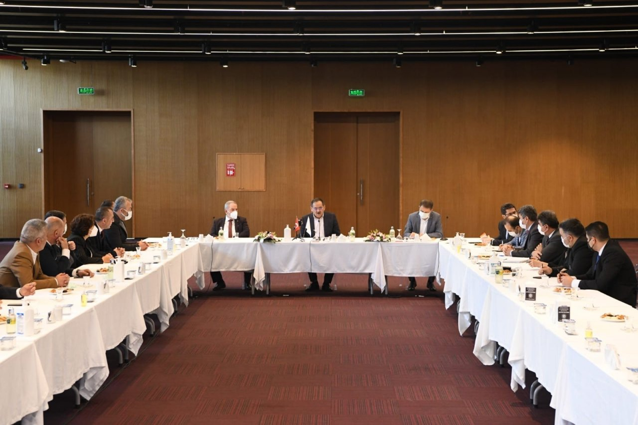 Başkan Demir, Başkanlarla Bir Araya Geldi