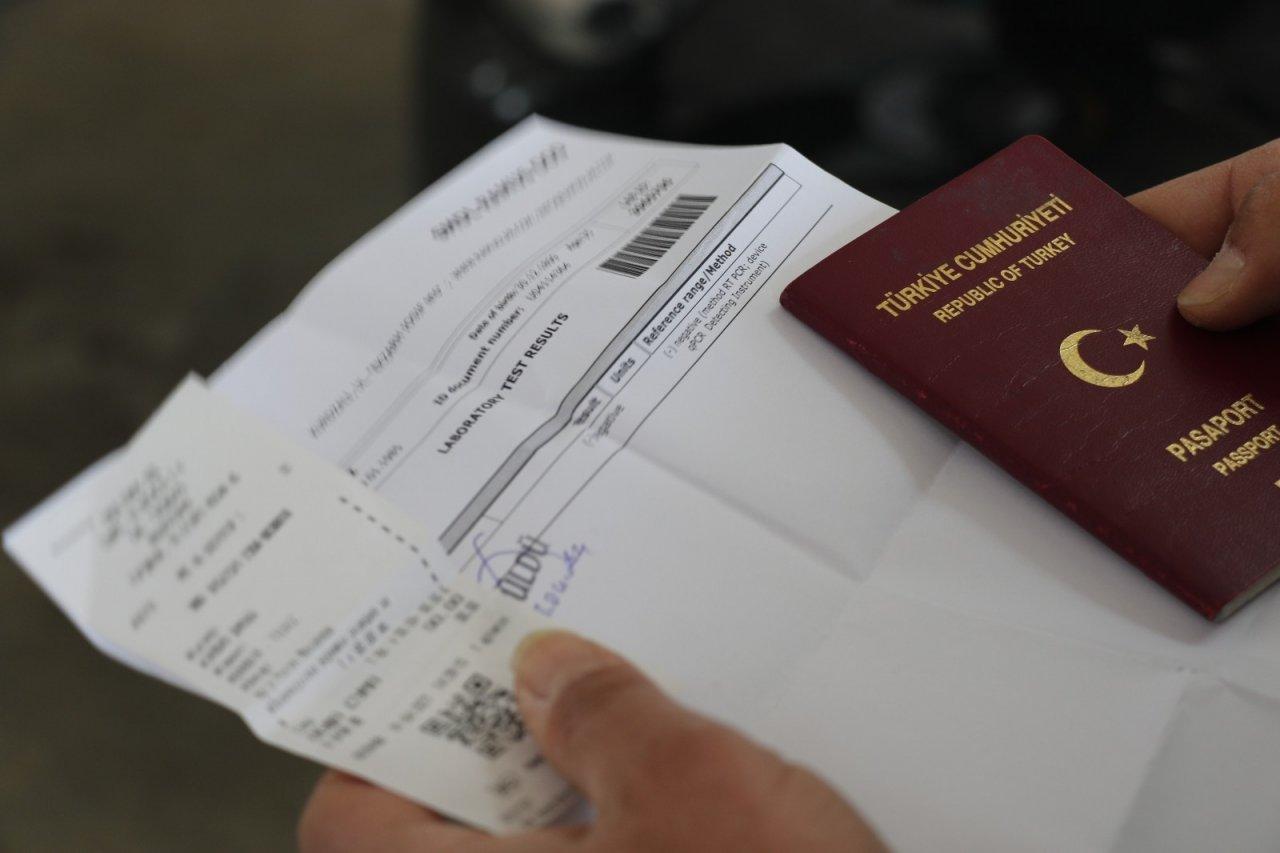 Kapıkule'de 'pcr Testi İbrazı Mecburiyeti' Devam Ediyor