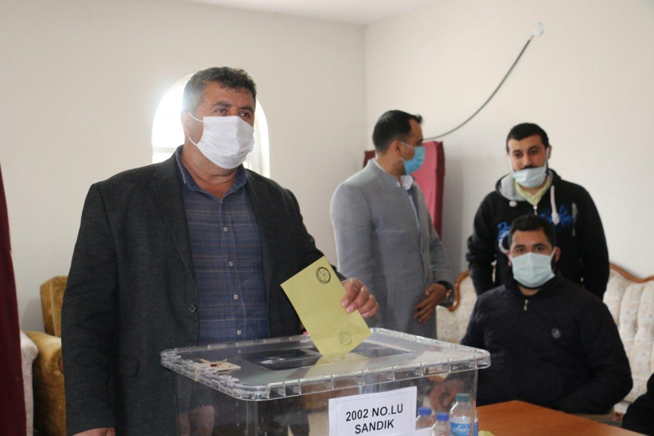 Elazığ'da Bir Köy Mahalle Olmak İçin Referanduma Gitti