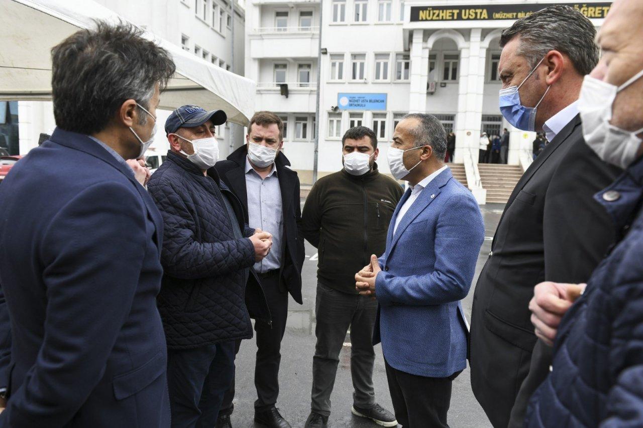 Esenyurt Belediyesi Ekipleri Oy Kullanan Bulgar Göçmenleri İçin Görev Başında