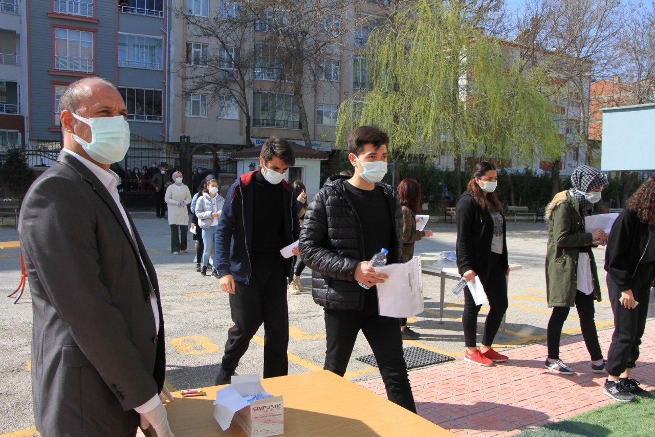 Öğrenciler, Milli Savunma Üniversitesi'ne Girmek İçin Ter Döktü