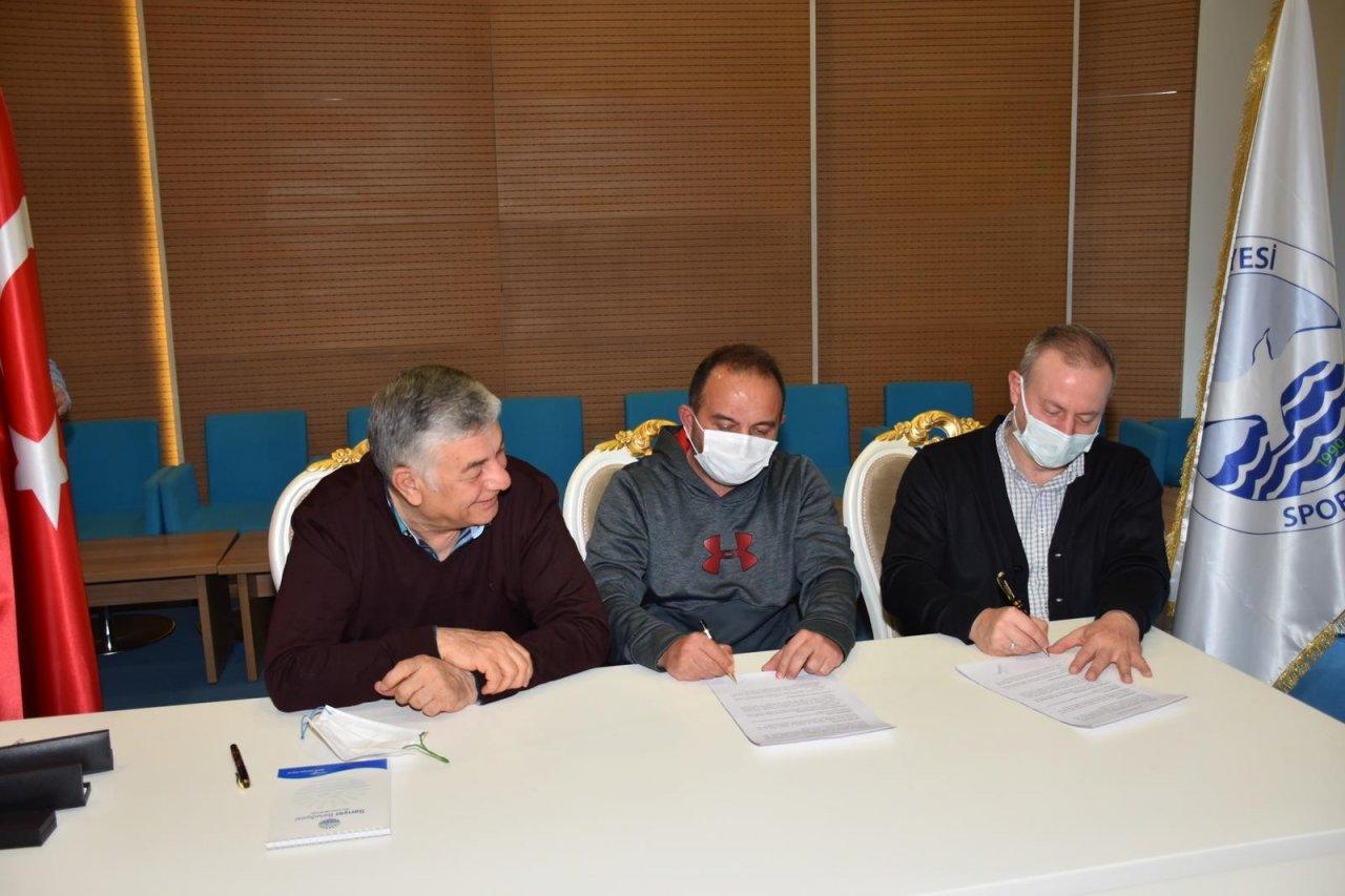 Sarıyer Belediyespor, Gökhan Rahman Çokşen'le Yola Devam Edecek