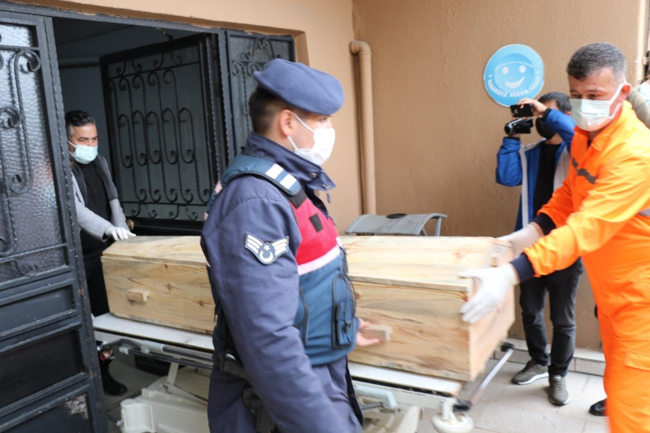 5 Aydır Kayıp Gencin Cesedi Ormandan Çıktı: Baba, Kardeş Ve Üvey Anne Gözaltında