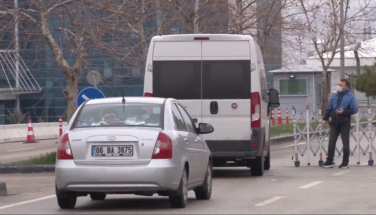 Tutuklanan Amiraller Ankara Terörle Mücadele Şube Müdürlüğüne Getirildi