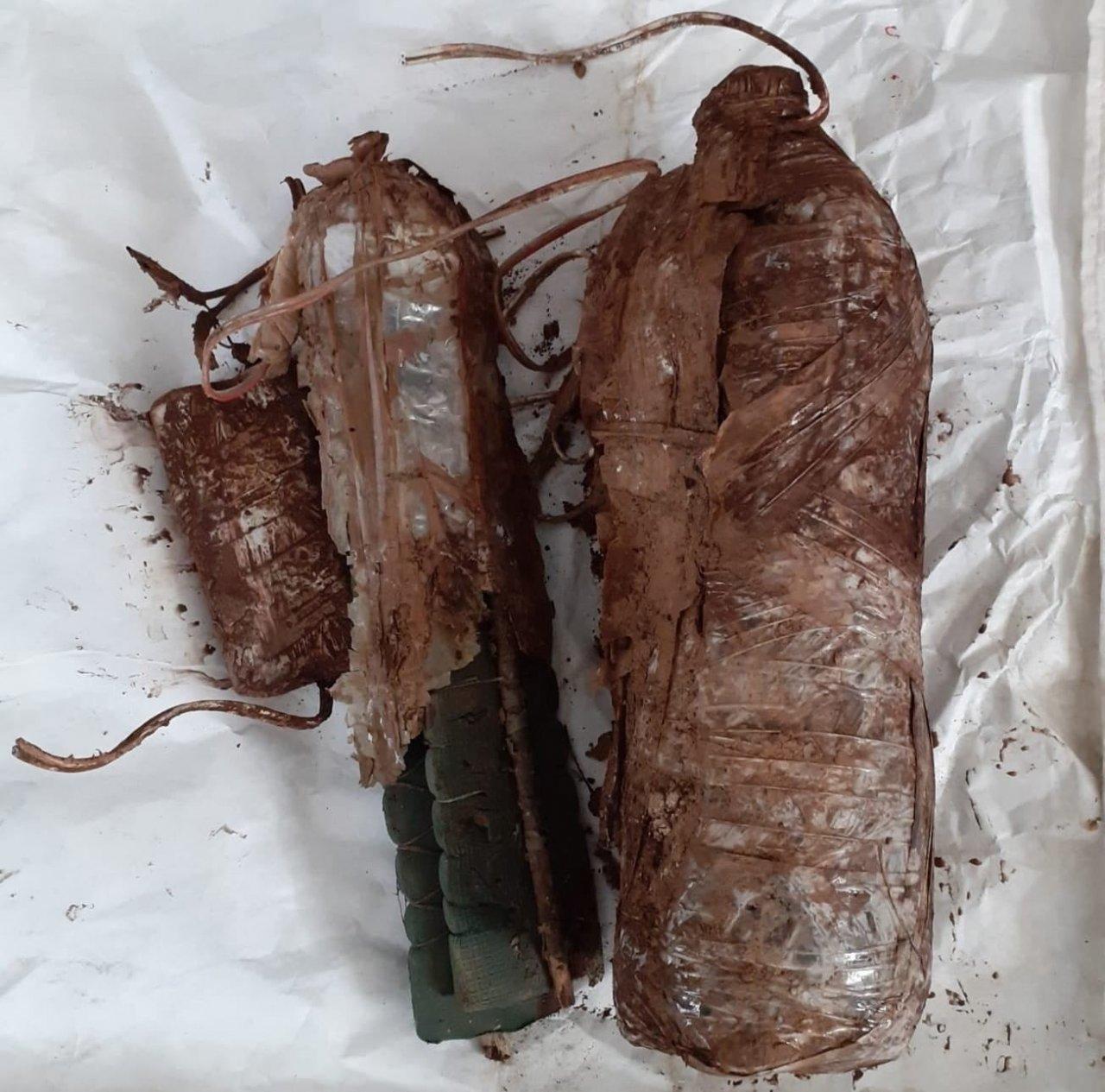 Bitlis Kırsalında Teröristlerce Toprağa Gizlenmiş 4 Adet Eyp Ele Geçirildi
