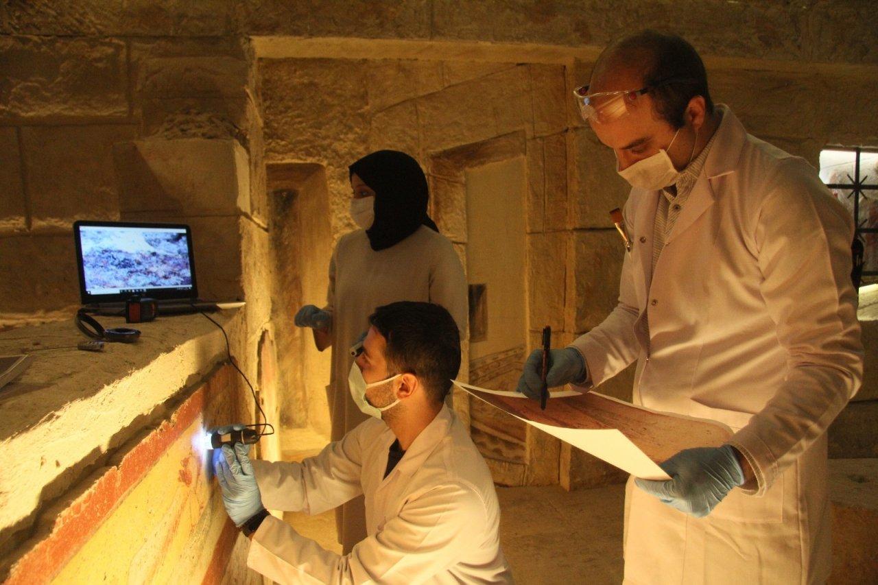 Tarih Doktorları İş Başında