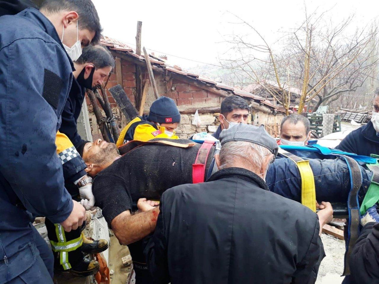 Hisarcık'ta Bina Merdiveni Çöktü: 1 Ağır Yaralı