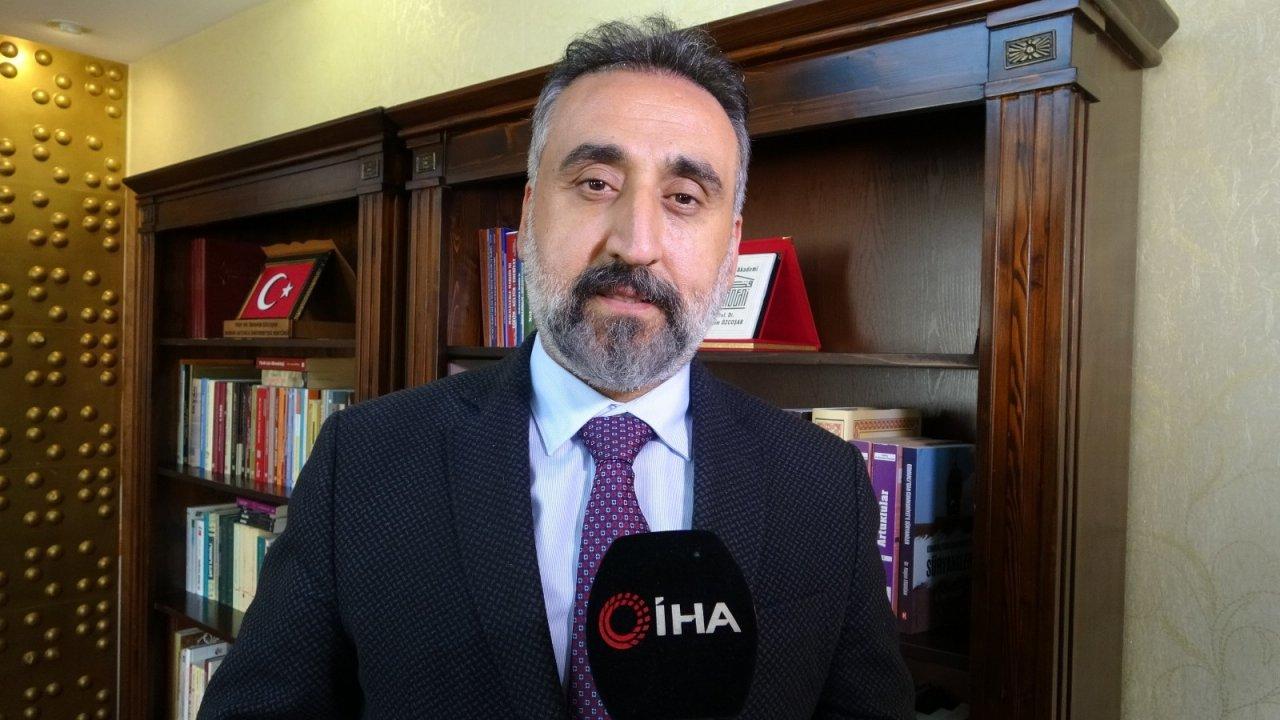 Maü Rektörü Özcoşar'dan Emekli Amirallerin Bildirisine Tepki