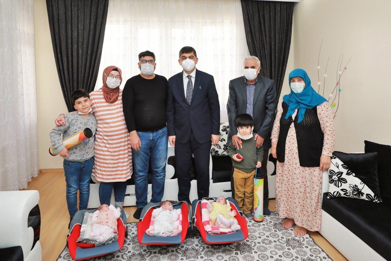 Fadıloğlu'ndan Üçüz Bebeklere 'merhaba' Ziyareti