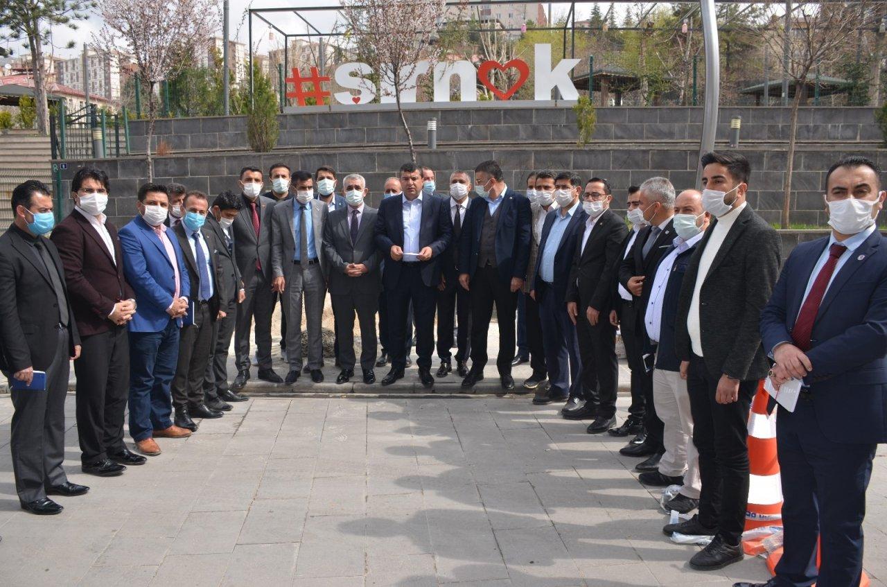 Şırnak'ta Stk'lar, Bildiriye İmza Atan Emekli Amiraller Hakkında Suç Duyurusunda Bulundu