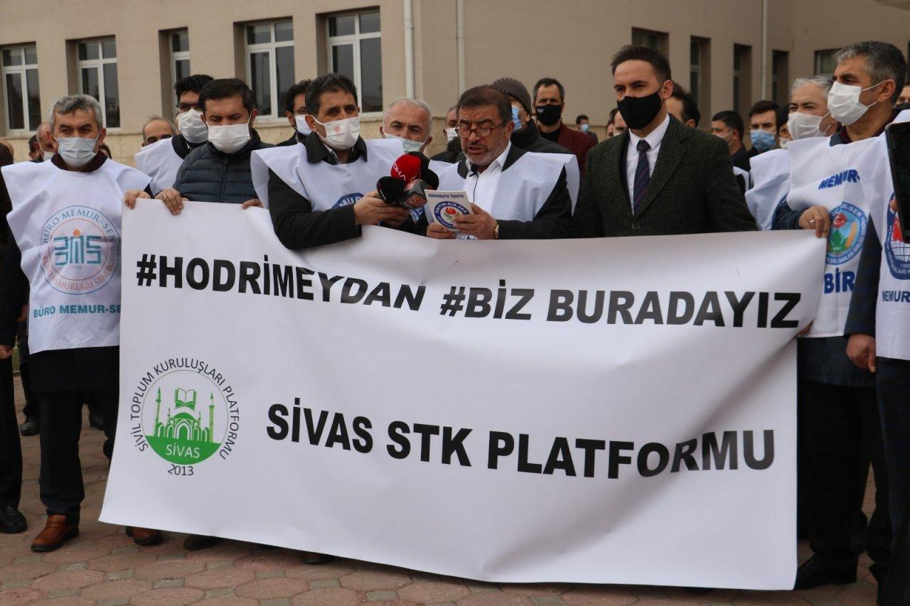 Sivas'ta 103 Amiral Hakkında Suç Duyurusunda Bulunuldu