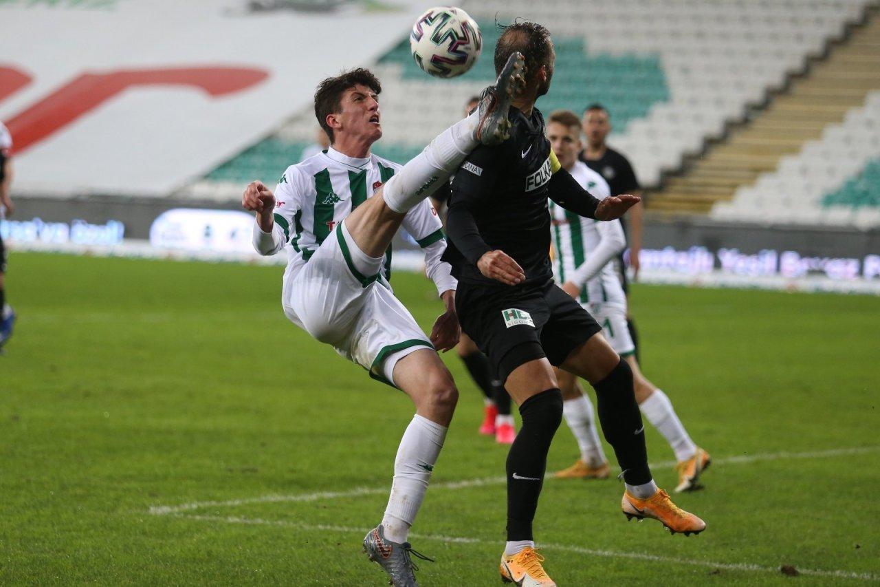 Tff 1. Lig: Bursaspor: 0 - Altay: 1 (i̇lk Yarı Sonucu)