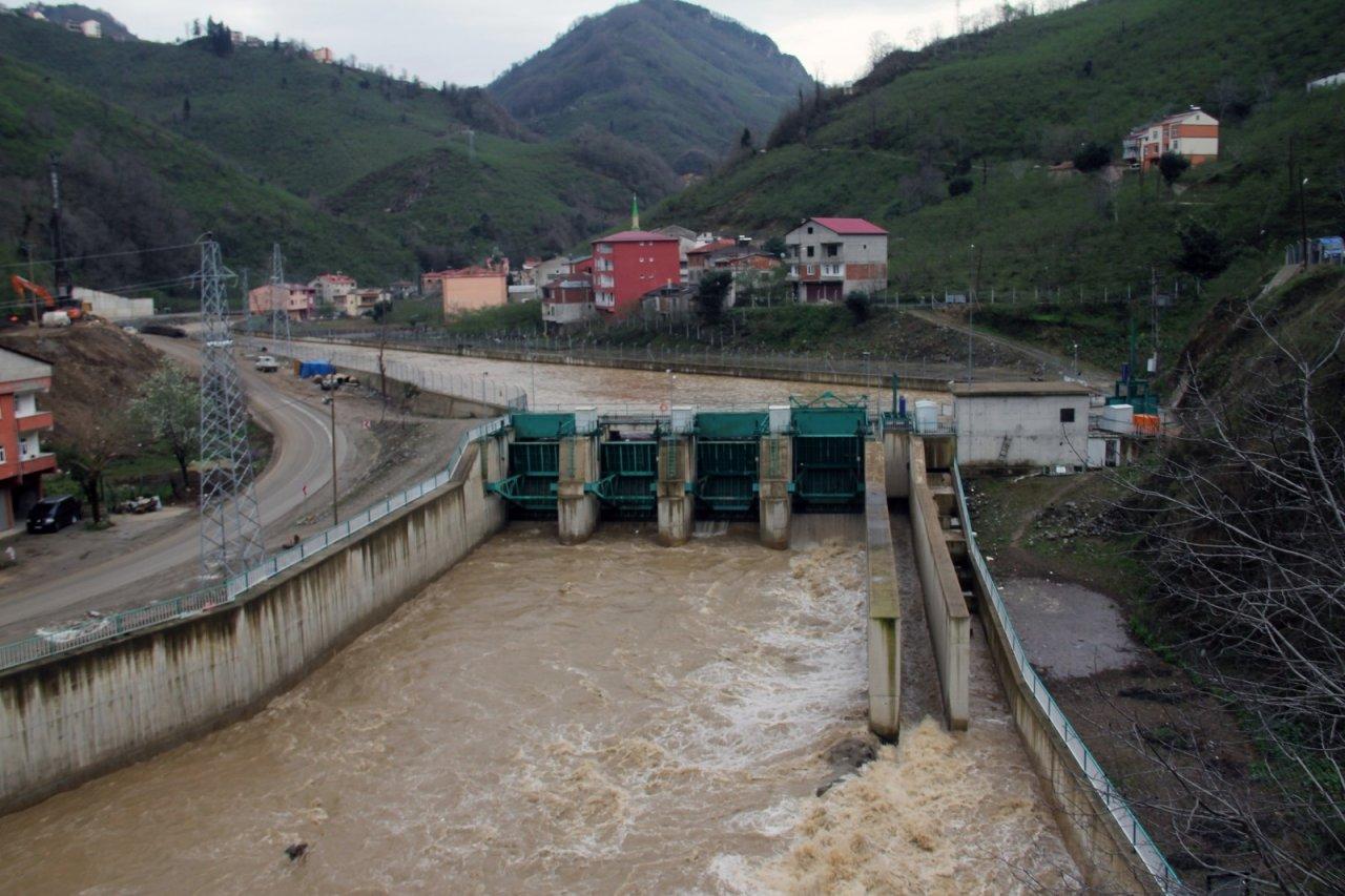 Sel Sularına Kapılan 2 İşçiden 1'inin Hayatını Kaybettiği Olayla İlgili Soruşturma Başlatıldı