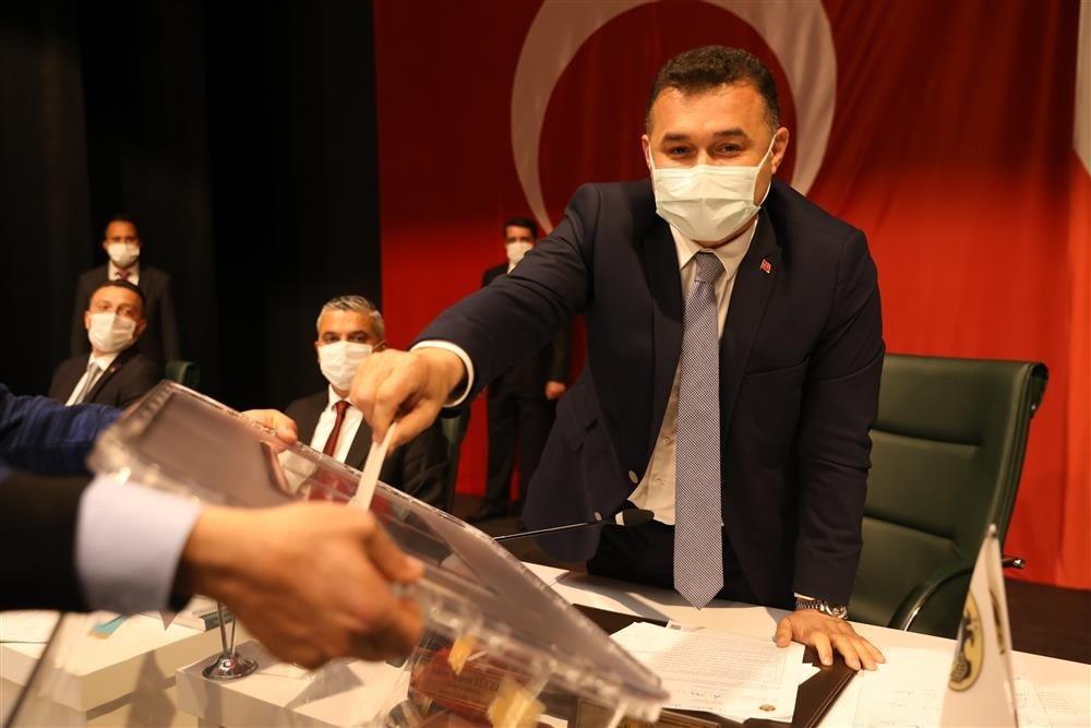Alanya Belediyesi'nin Faaliyet Raporu Meclisten Geçti