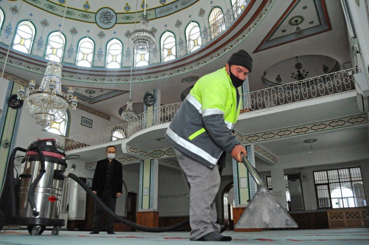 Camilere Ramazan Bakımı