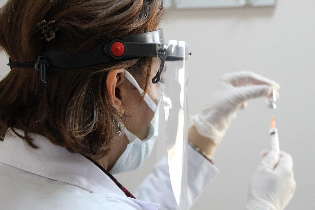 Bingöl'de Covid-19 İle Mücadele, Sırası Gelenlerin Aşılaması Sürüyor