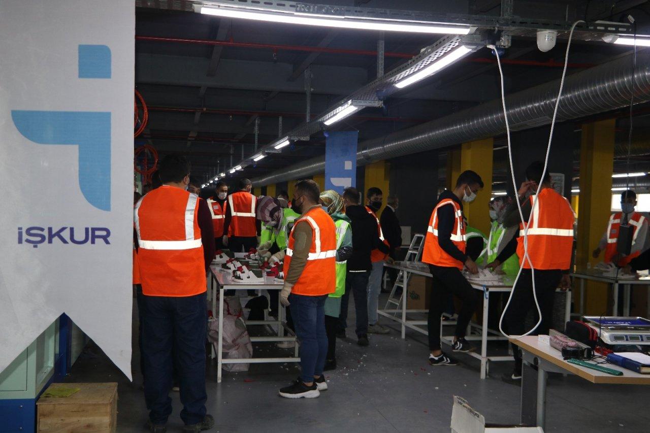 İ̇şkur Tekstil Sektörüne İstihdam Desteği Devam Ediyor