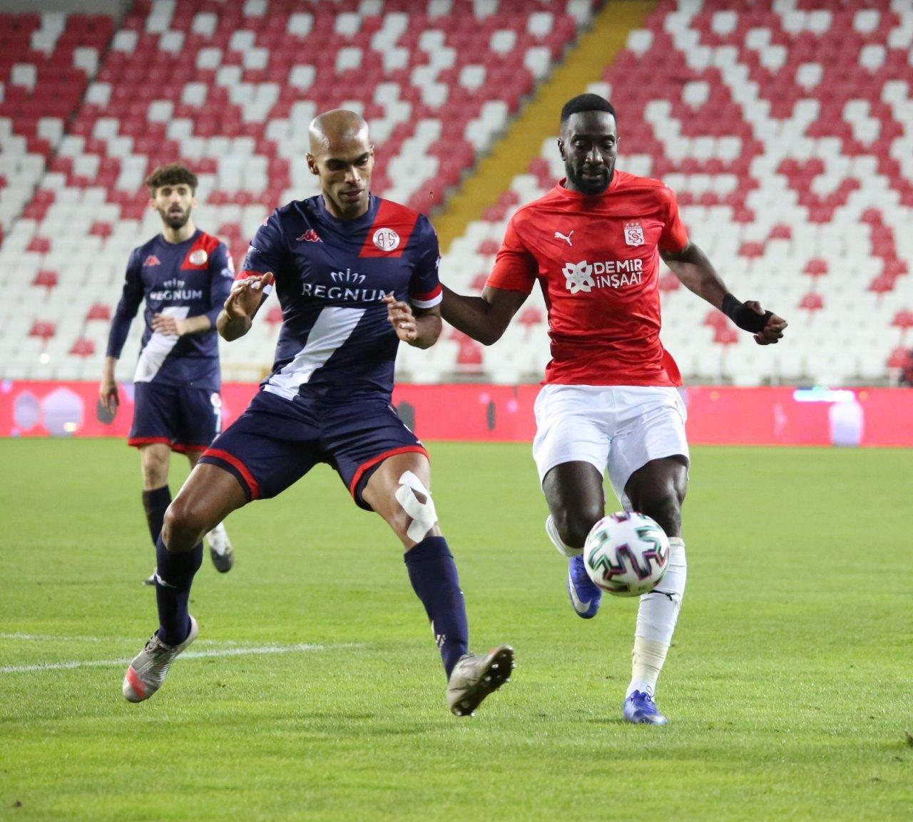 Ft Antalyaspor İle Dg Sivasspor 35. Randevuda