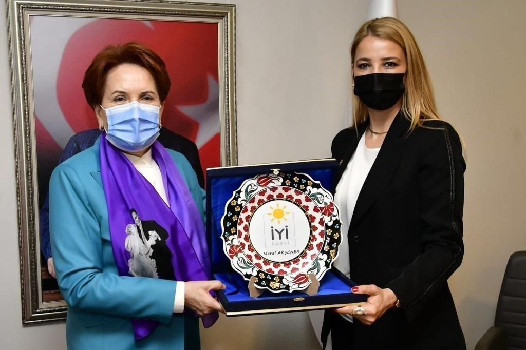 Tügiad Yönetimi İ̇yi Parti'yi Ziyaret Etti