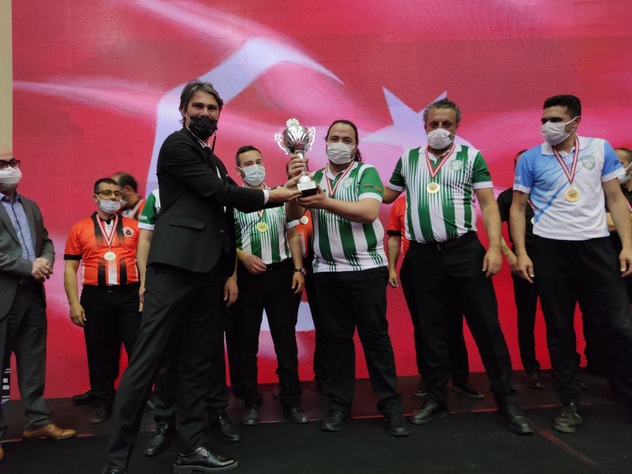 Hemşinspor 3 Bant Bilardo 1. Lig Play Off 'ta Türkiye Şampiyonu Oldu